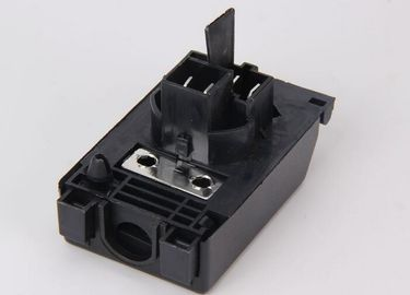 China Black Blocks Electric Oven Junction Box 16A With Screws AC 450V supplier